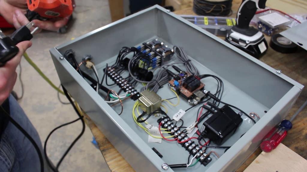 120V_controller_box